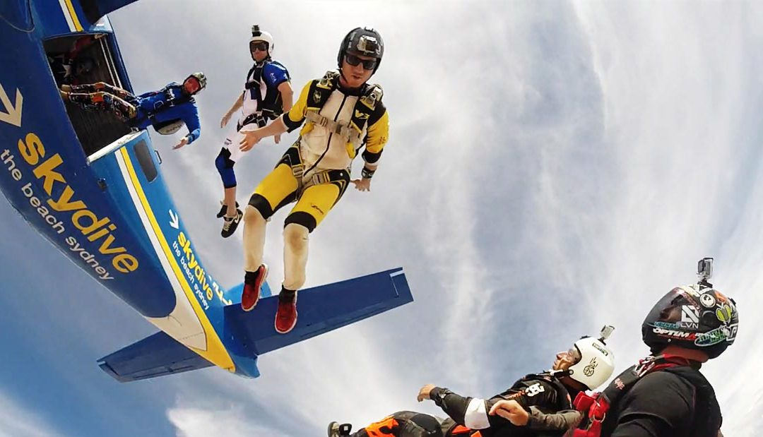 Skydivers doing awesome stuff